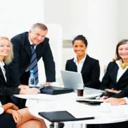 Imparare le buone maniere e i codici di comportamento sul posto di lavoro attraverso la BUSINESS ETIQUETTE