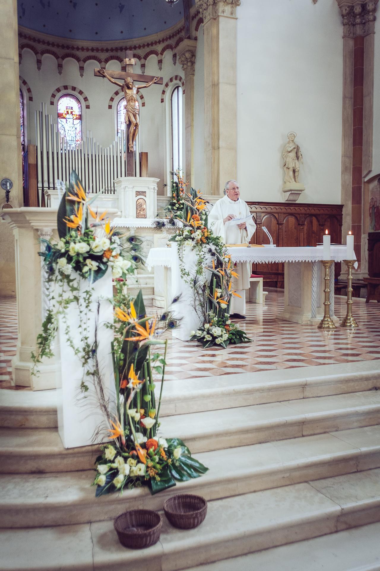dettagli chiesa