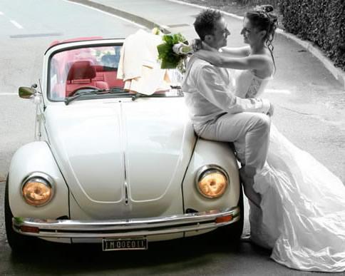 maggiolino vintage per gli sposi