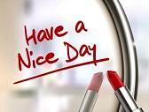 36182861-avere-una-bella-giornata-parole-scritto-da-rossetto-rosso-su-specchio-lucido